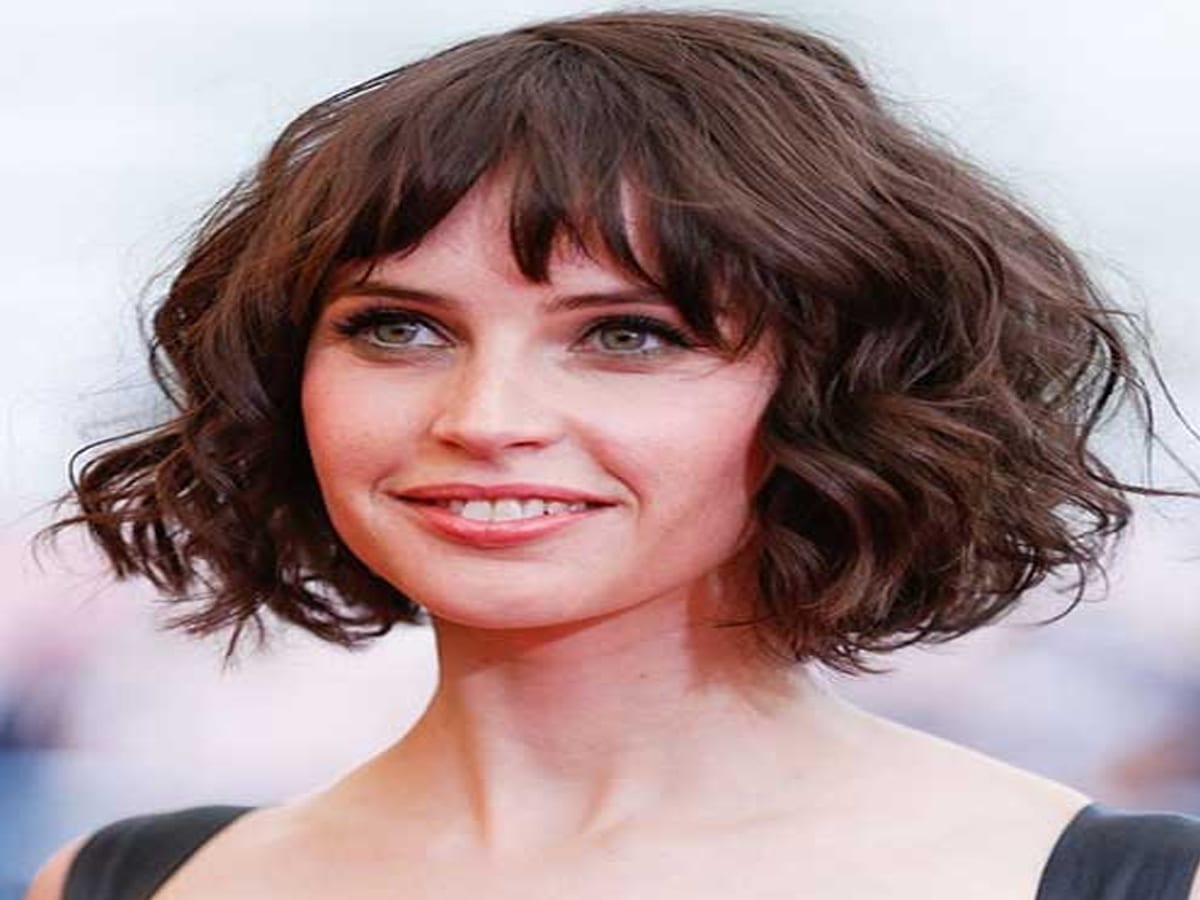 List of Trendy Curly Bob Hairstyles in 2019 4