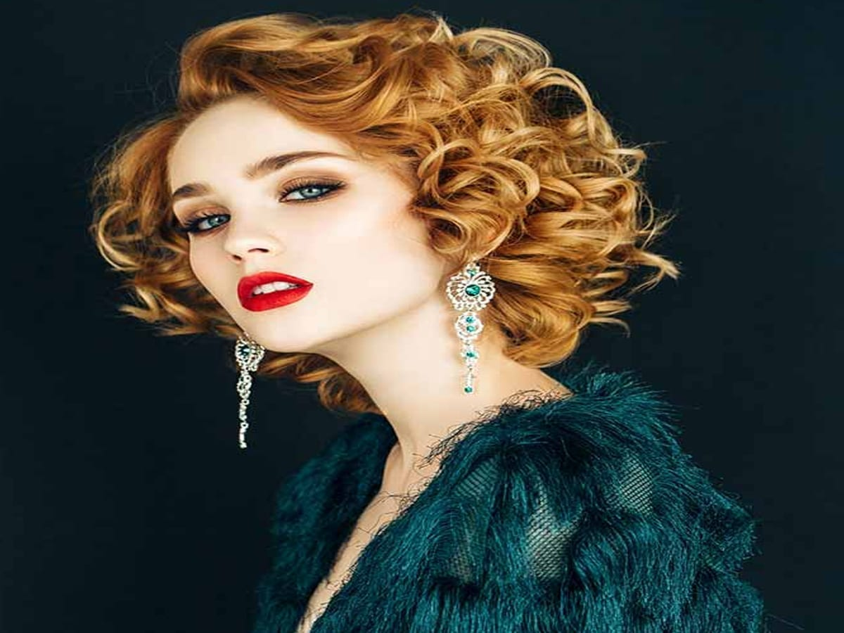 List of Trendy Curly Bob Hairstyles in 2019 10