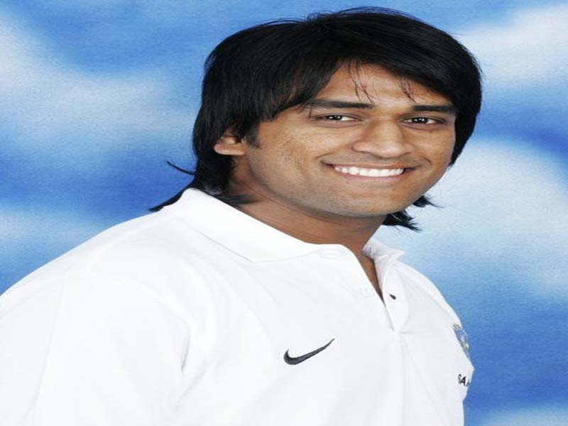 MS Dhoni Different Hairstyles Since 2007 To 2018 3