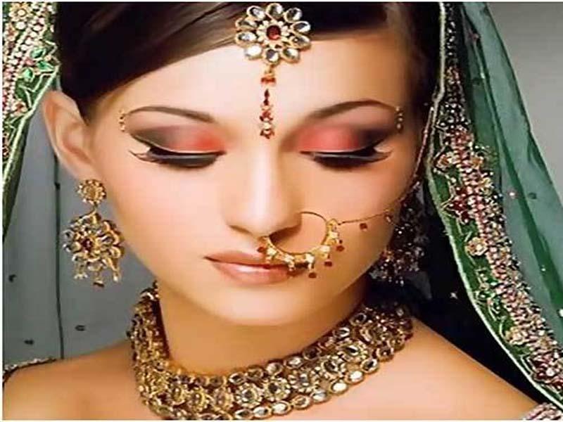 30 Bridal Eye Makeup Looks for 2019 2