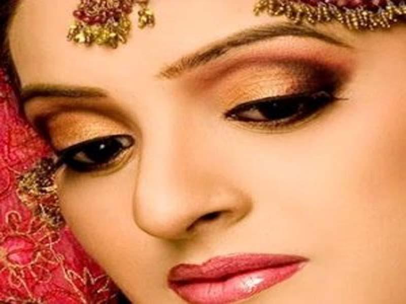 30 Bridal Eye Makeup Looks for 2019 4
