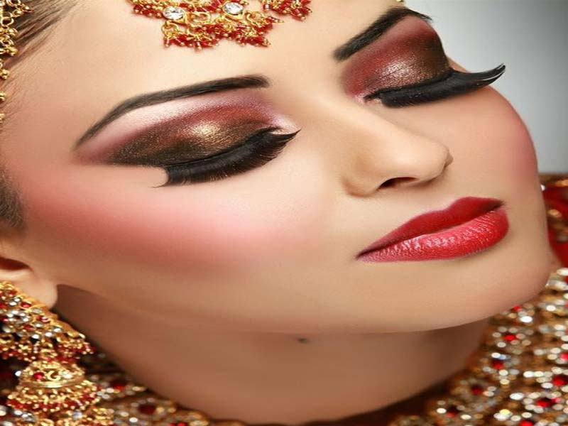 30 Bridal Eye Makeup Looks for 2019 6