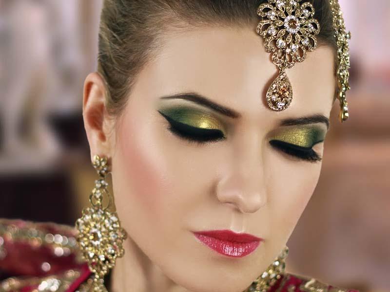 30 Bridal Eye Makeup Looks for 2019 13