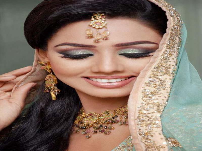 30 Bridal Eye Makeup Looks for 2019 14