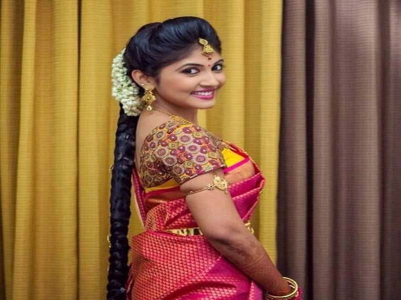 List of Beautiful Hairstyles on Saree 8
