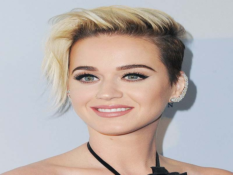 Follow The List Of Short Hairstyles For Women 9