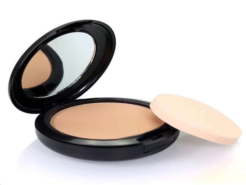 List Of Makeup Essentials, If Your Age Group Is 21 To 25 4