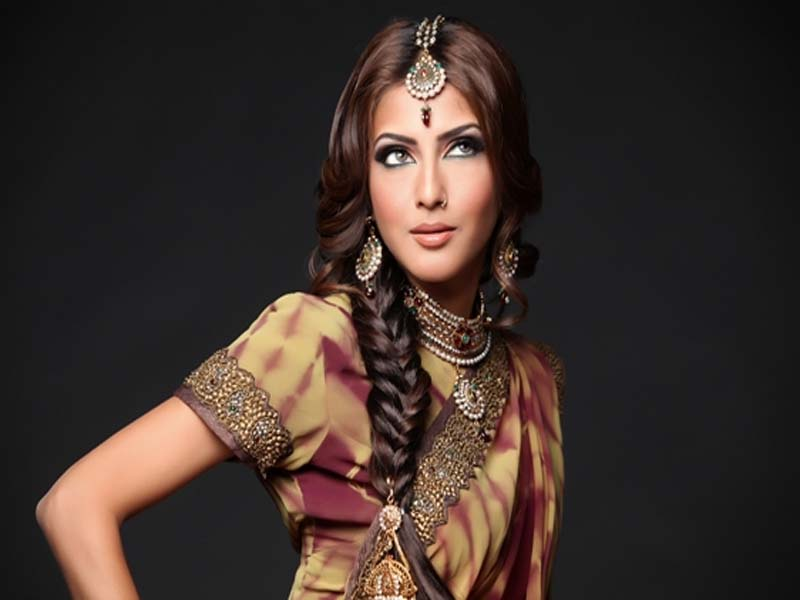 List of Indian Wedding Hairstyles for Women 5