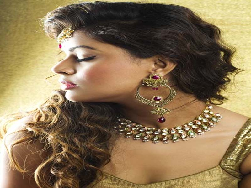 List of Indian Wedding Hairstyles for Women 3