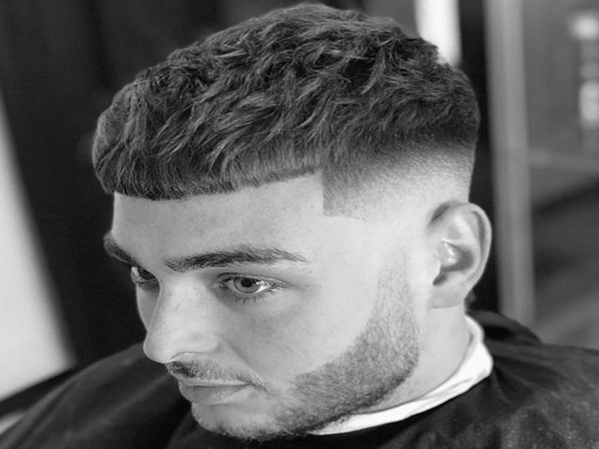 Men's haircuts short sides - Latest Short Men's Hairstyles 2019