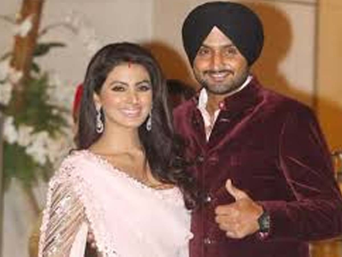 List of Indian Cricketers and their Beautiful Wives 3