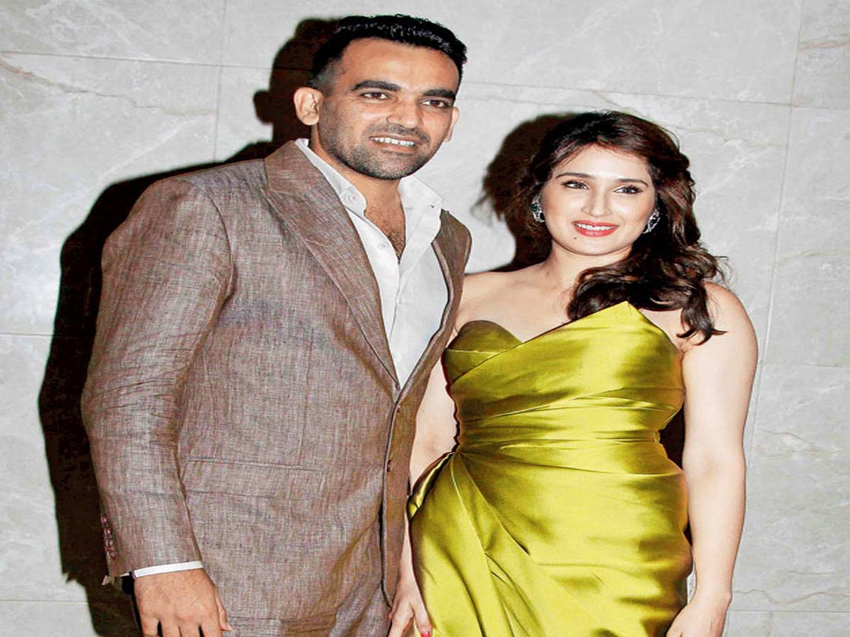 List of Indian Cricketers and their Beautiful Wives 4