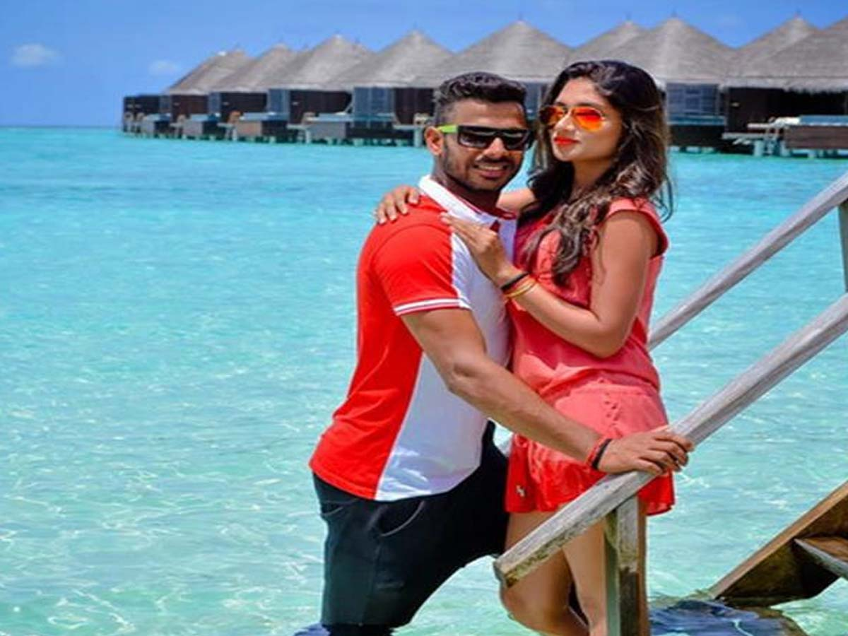 List of Indian Cricketers and their Beautiful Wives 5