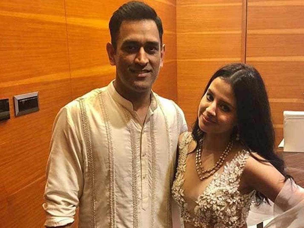 List of Indian Cricketers and their Beautiful Wives 8