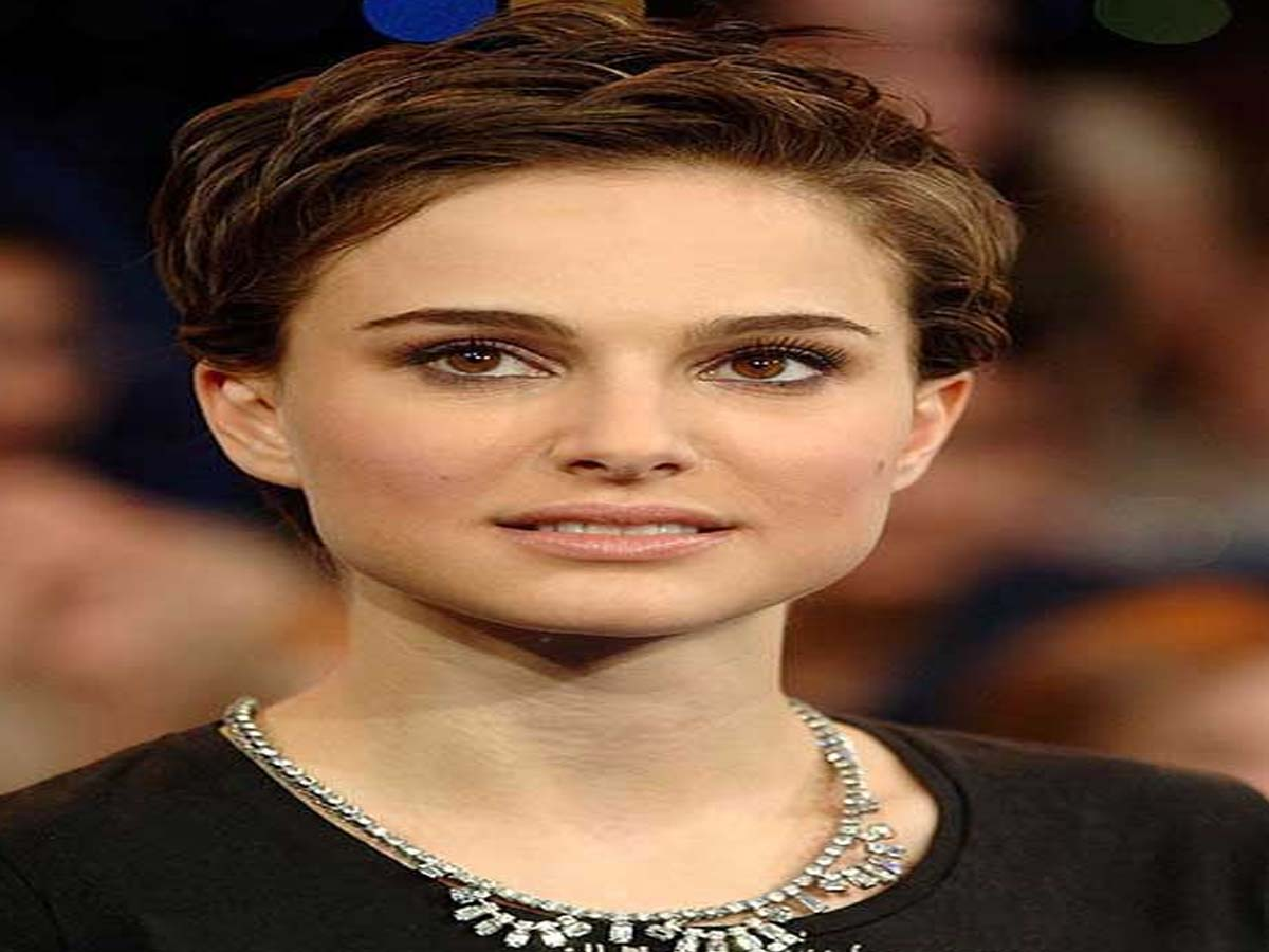 Celebrity Hairstyle - 20 Hollywood Actresses with Short Hair Cuts 7