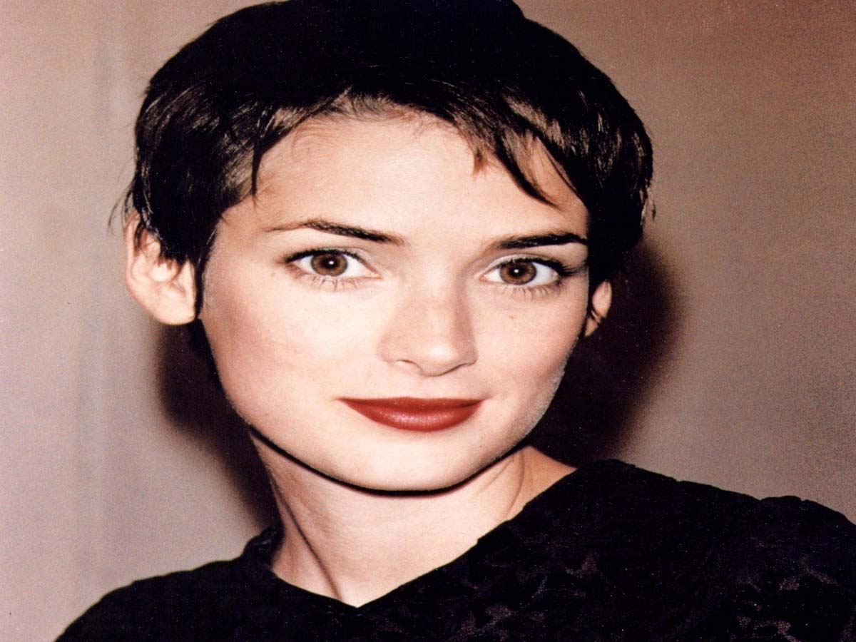 Celebrity Hairstyle - 20 Hollywood Actresses with Short Hair Cuts 12