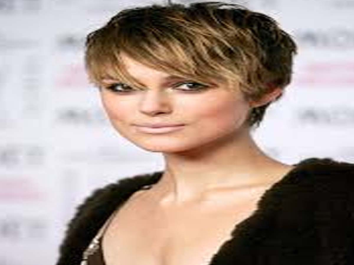 Celebrity Hairstyle - 20 Hollywood Actresses with Short Hair Cuts 20