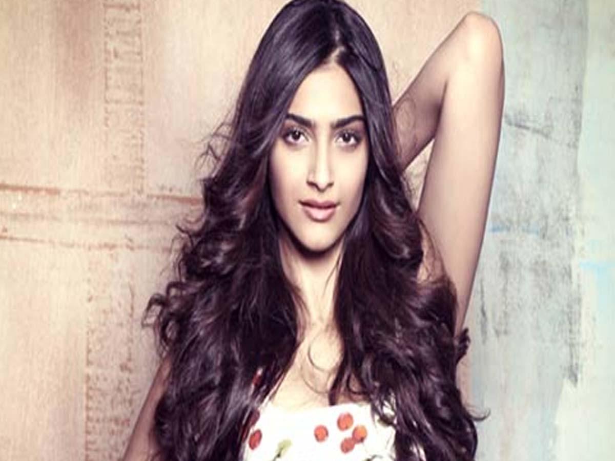 Bollywood Pregnancy Sonam Kapoor