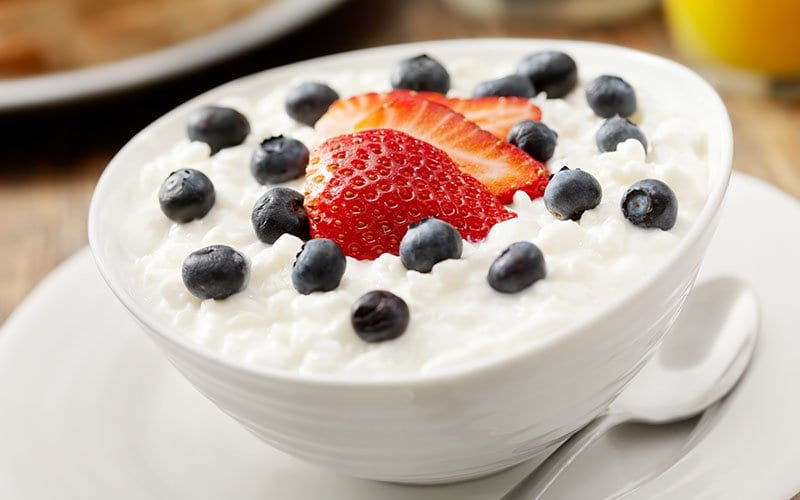 Greek Yogurt - Breakst Ideas for Bodybuilding