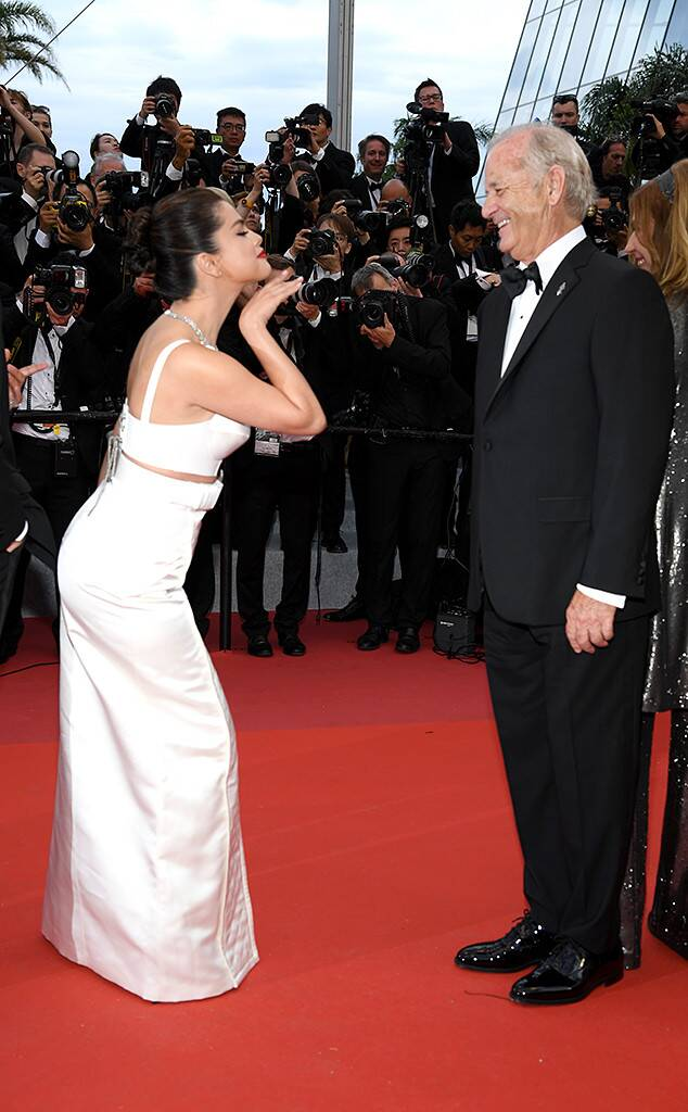 OMG, SHOCKING : Selena marries 65 year old Guy