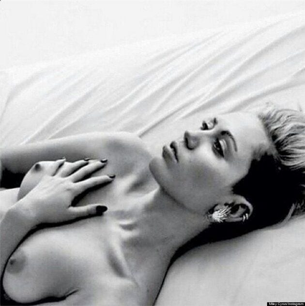 Miley Cyrus Free your Nipples