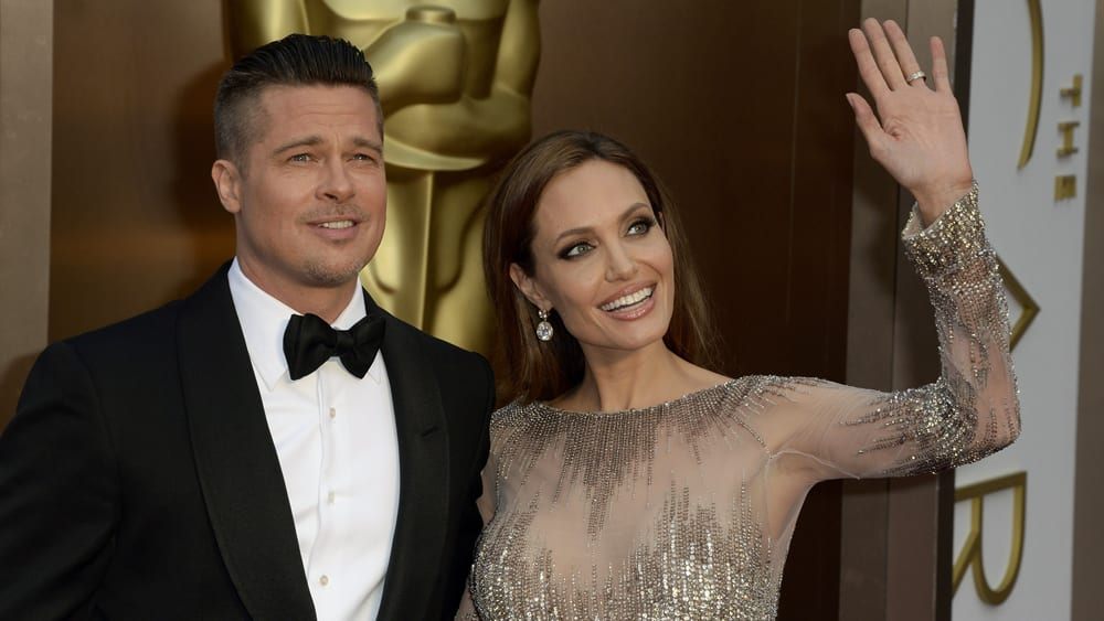 "Brad Pitt to give ""WARNING"" to Angelina Jolie"
