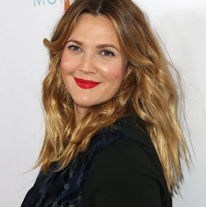 Drew Barrymore strengthen abs