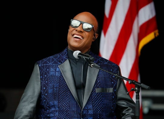Stevie Wonder to undergo Kidney Transplant Surgery
