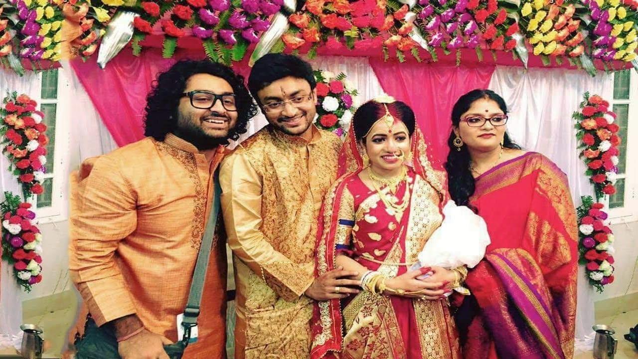 Arijit Singh photo with first wife Ruprekha Banerjee