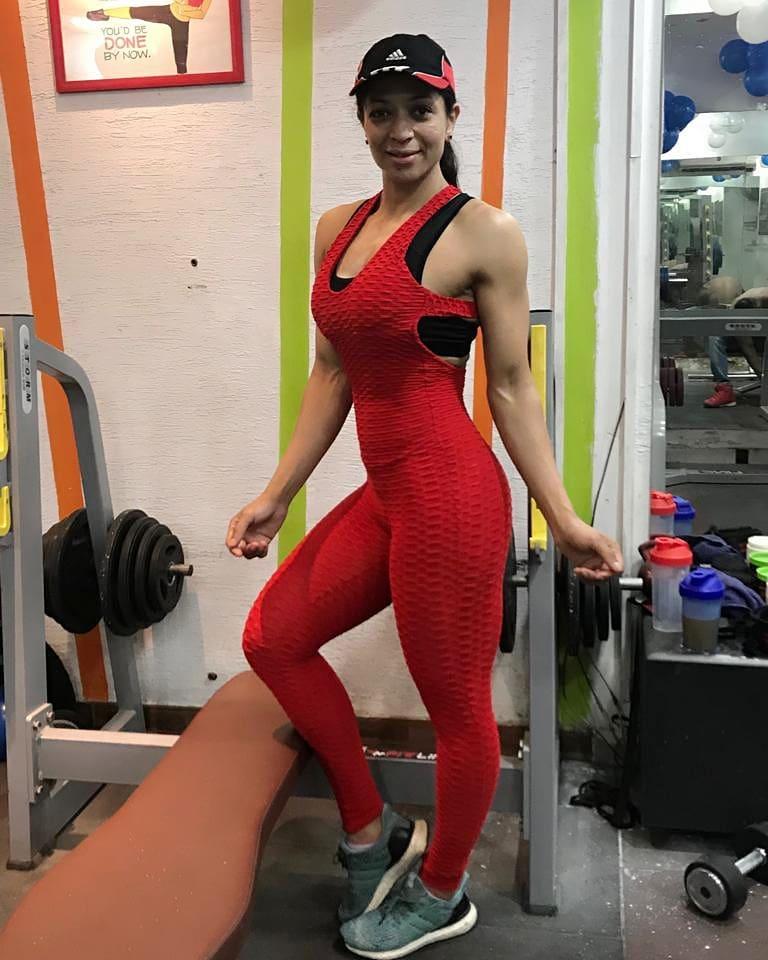 Bindiya Sharma pose