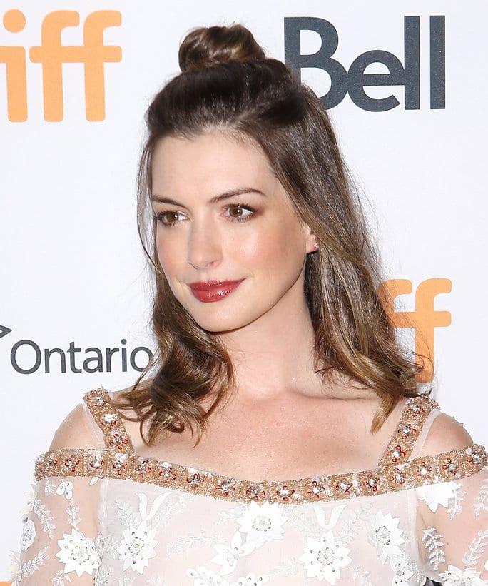 Anne Hathaway 78