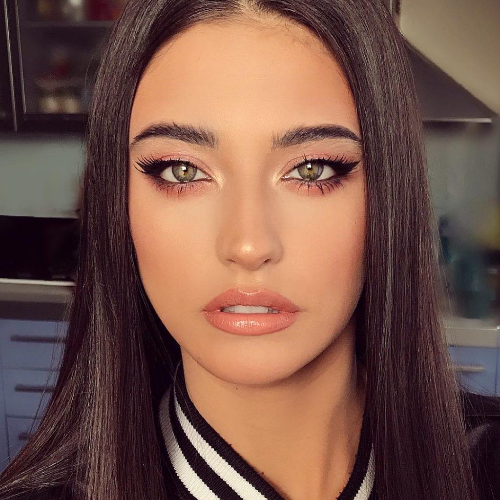 Antonia Iacobescu 18