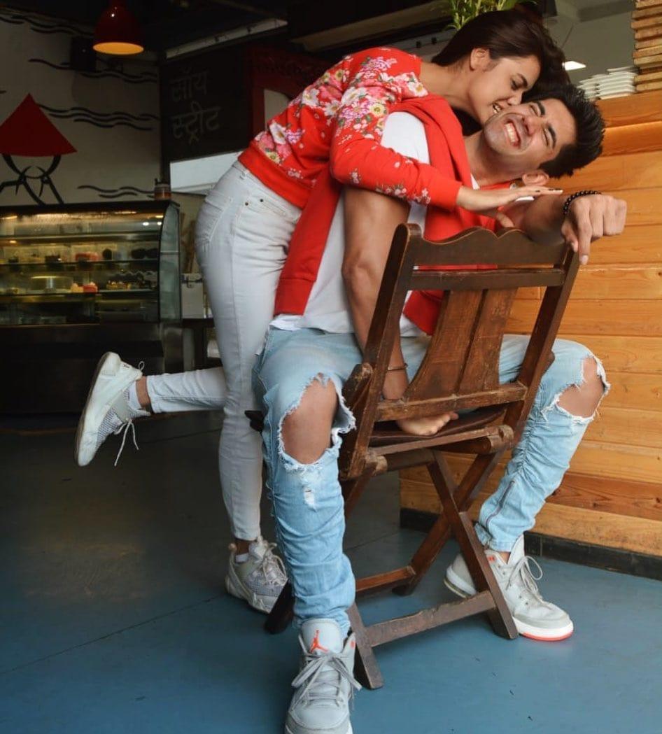 Divya Agarwal Varun Sood love story