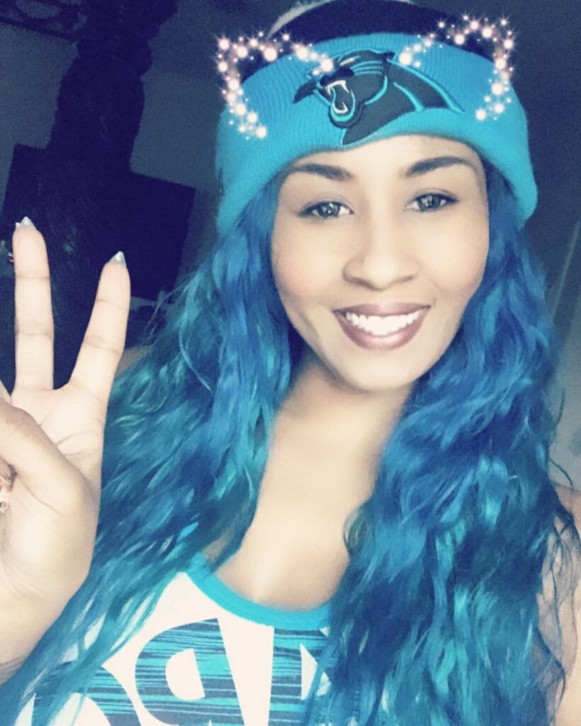 Carolina Blue Hair Front Pose - Gorgeous Blue Hair Color Ideas -