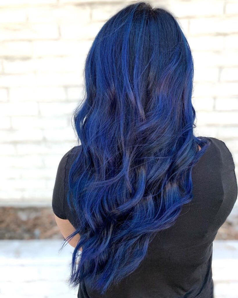 Midnight Blue Hair Back Pose - Gorgeous Blue Hair Color Ideas